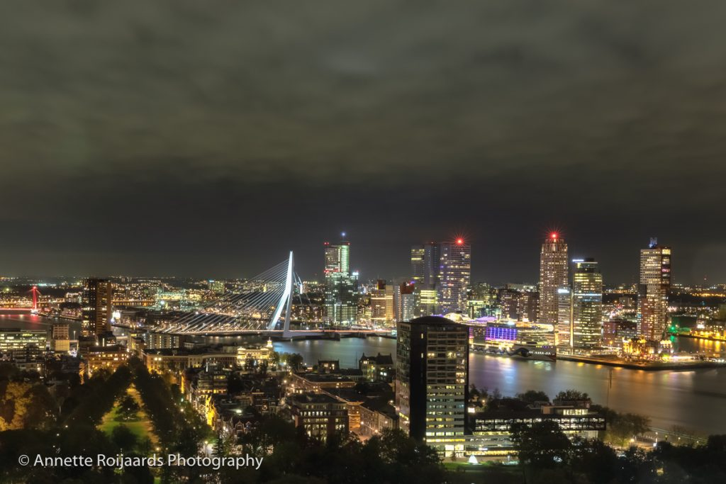 Uitzicht vanaf de Euromast 's avonds laat